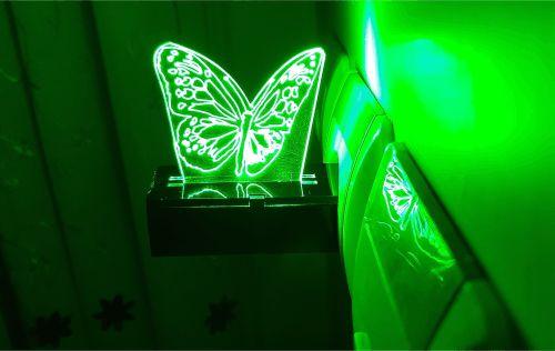 چراغ خواب پریزی طرح پروانه رنگ سبز